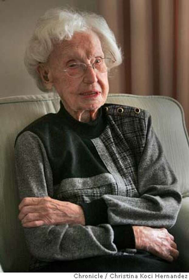 CHRISTINA KOCI HERNANDEZ/CHRONICLE  LUCILLE MEYER turns 109 on friday, 30 dec. she was born in san francisco in 1896 and was a 10 yr old girl at the time of the earthquake & fire. we do a story about how this lady reached this great old age and her life & times. Photo: CHRISTINA KOCI HERNANDEZ