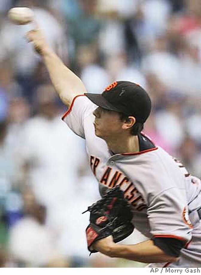 San Francisco Giants pitcher Tim Lincecum throws during the first inning of a baseball game against the Milwaukee Brewers Tuesday, June 19, 2007, in Milwaukee. (AP Photo/Morry Gash) Photo: Morry Gash