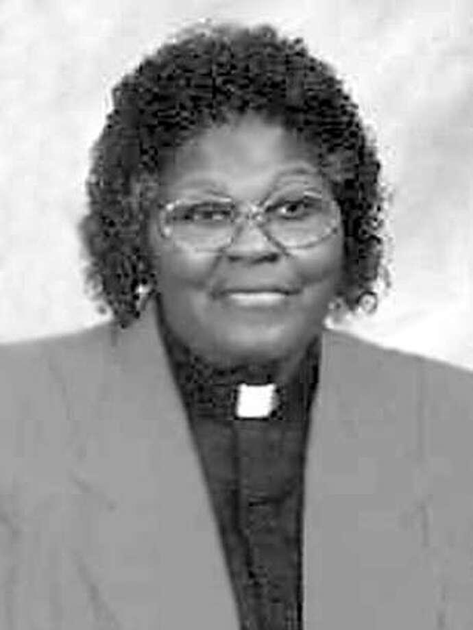 Obituary photo of Dr. Yvonne Paul-Stevens. Photo: N