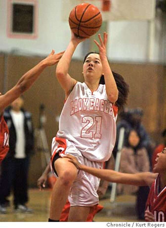 Sharon Cheng #21 Girls Basketball Washington players for AAA preview.  Kurt Rogers San Francisco SFC  The Chronicle AAAGIRLS24_00259_kr.JPG MANDATORY CREDIT FOR PHOTOG AND SF CHRONICLE/ -MAGS OUT Photo: Kurt Rogers