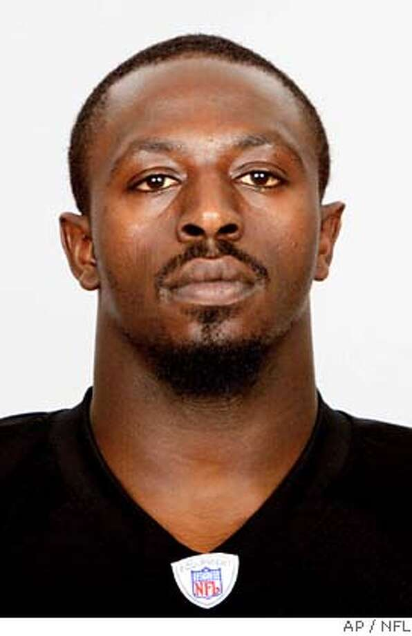 This is a 2005 NFL hand out photo of Oakland Raiders Derrick Burgess. Burgess was named to the Pro Bowl, Wednesday, Dec. 21, 2005. (AP Photo/NFL, HO) 2005 HAND OUT PHOTO Photo: NFL