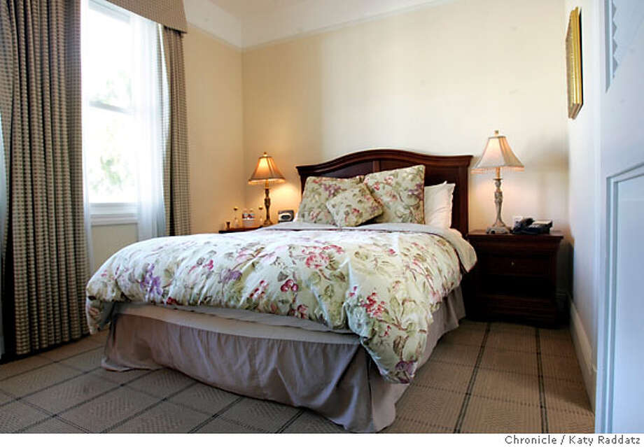 HOTEL_PARKERHOUSE_024_RAD.jpg SHOWN: Sweet cozy guest room. The Parker Guest House on Church St. in San Francisco. Ninety-Six Hours Under Covers review. These pictures were made in San Francisco, CA. on Thursday, May 24, 2007. (Katy Raddatz/The Chronicle)  ** Photo: Katy Raddatz