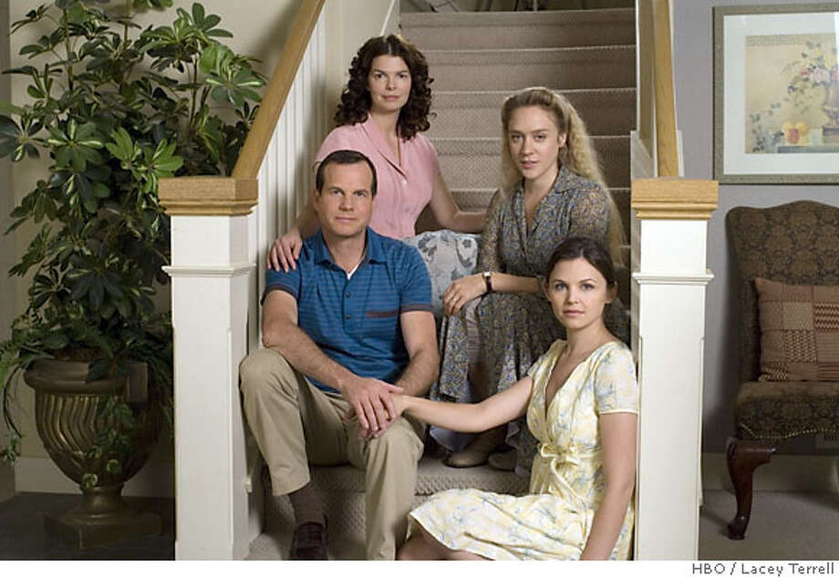 BIG LOVE: Bill Paxton, Jeanne Tripplehorn, Chloe Sevigny, Ginnifer Goodwin. photo: Lacey Terrell HBO series Photo: HBO / Lacey Terrell