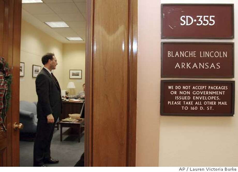 U. S. Supreme Court nominee Judge Samuel Alito waits in the front office of Sen. Blanche Lincoln, D-Ark., on Capitol Hill in Washington before a meeting Thursday, Dec. 15, 2005. (AP Photo/Lauren Victoria Burke) Photo: LAUREN VICTORIA BURKE