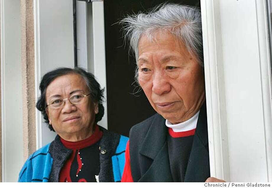 nanking18_0045_PG.JPG at left in blue is Gangchen Tang in red Kao-Hwa Sung  Two elderly women suffered greatly through the Japanese occupation of China during WWII. They want Japan to apologize formally for its crimes, part of Bay Area-led movement seeking redress. Photo taken by Penni Gladstone/The San Francisco Chronicle  Photo taken on 12/7/05, in Sunnyvale, CA. MANDATORY CREDIT FOR PHOTOG AND SF CHRONICLE/ -MAGS OUT Photo: Penni Gladstone