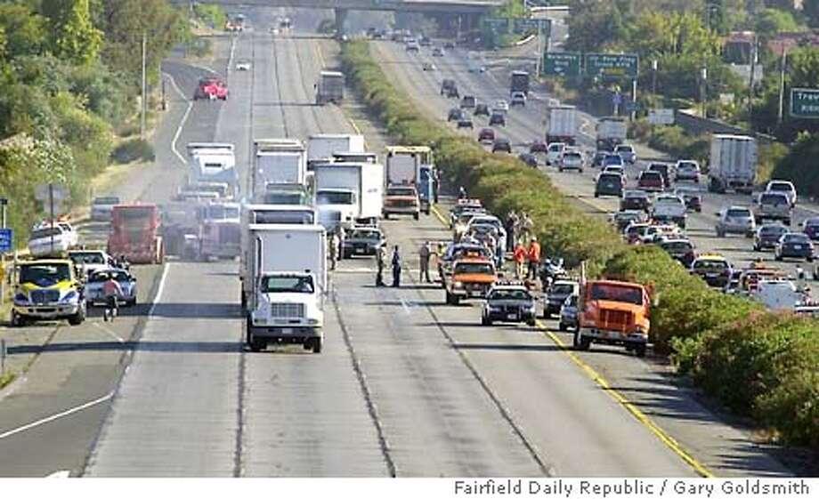 9/18/2003 | B/W | 3star | 46p4x5 inches | a19 | Metro | rich-7067 | crash Photo: GARY GOLDSMITH