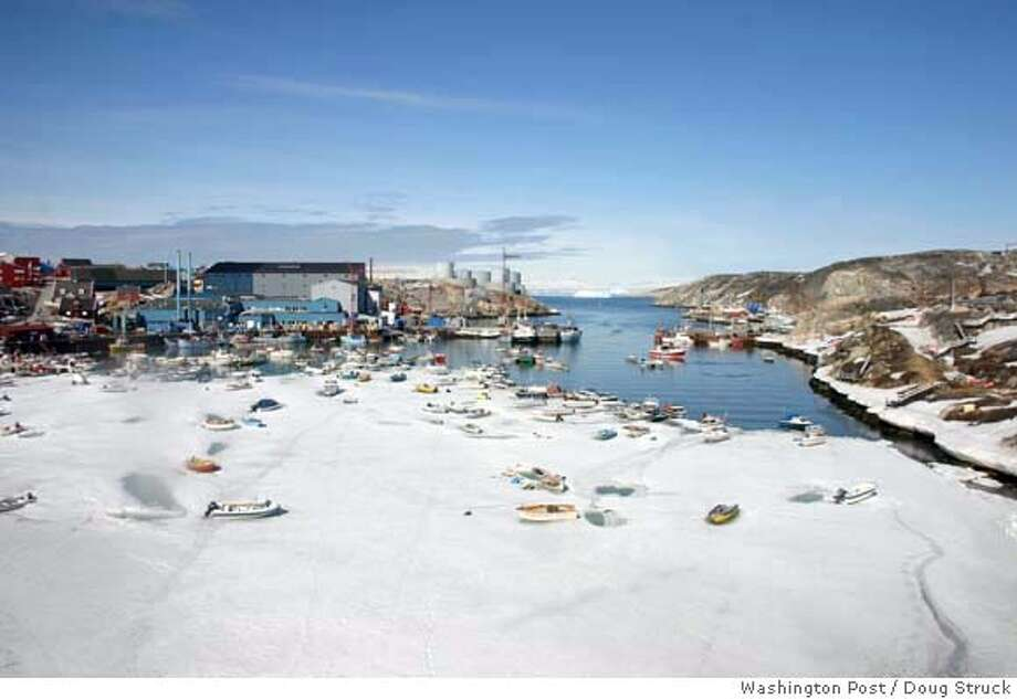 The fishing village of Ilulissat, 170 miles north of the Arctic Circle, is no longer icebound in winter, so fisherman can use boats all year. Illustrates GREENLAND (category i), by Doug Struck (c) 2007, The Washington Post. Moved Thursday, June 7, 2007. (MUST CREDIT: Washington Post photo by Doug Struck.) Photo: STRUCK
