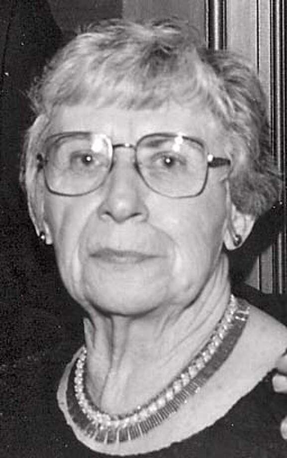 Obituary photo of Shirley Cooper. Photo: M
