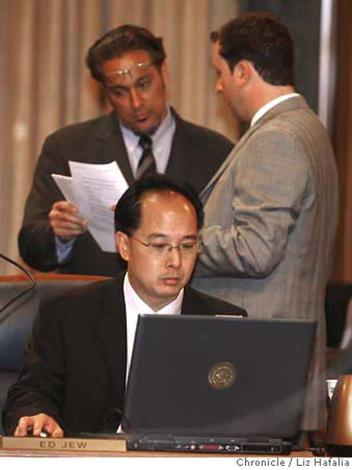 SUPES_JEW_LH_003.JPG Ed Jew at board of superviser's meeting at city hall. Photographed by Liz Hafalia/The Chronicle/San Francisco/6/6/07  **Ed Jew cq MANDATORY CREDIT FOR PHOTOGRAPHER AND SAN FRANCISCO CHRONICLE/NO SALES-MAGS OUT Photo: Liz Hafalia
