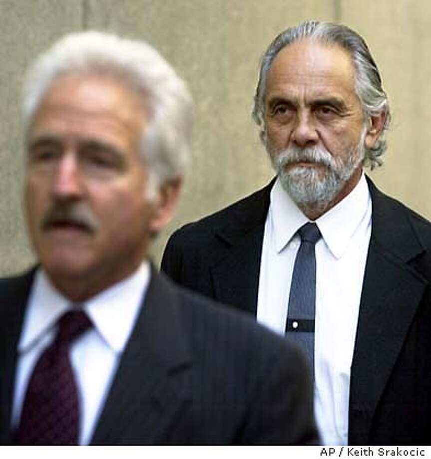 Tommy Chong_9/14/2003_B/W Paginated_2star_Business_a2_FULL_bb/7847 Photo: KEITH SRAKOCIC