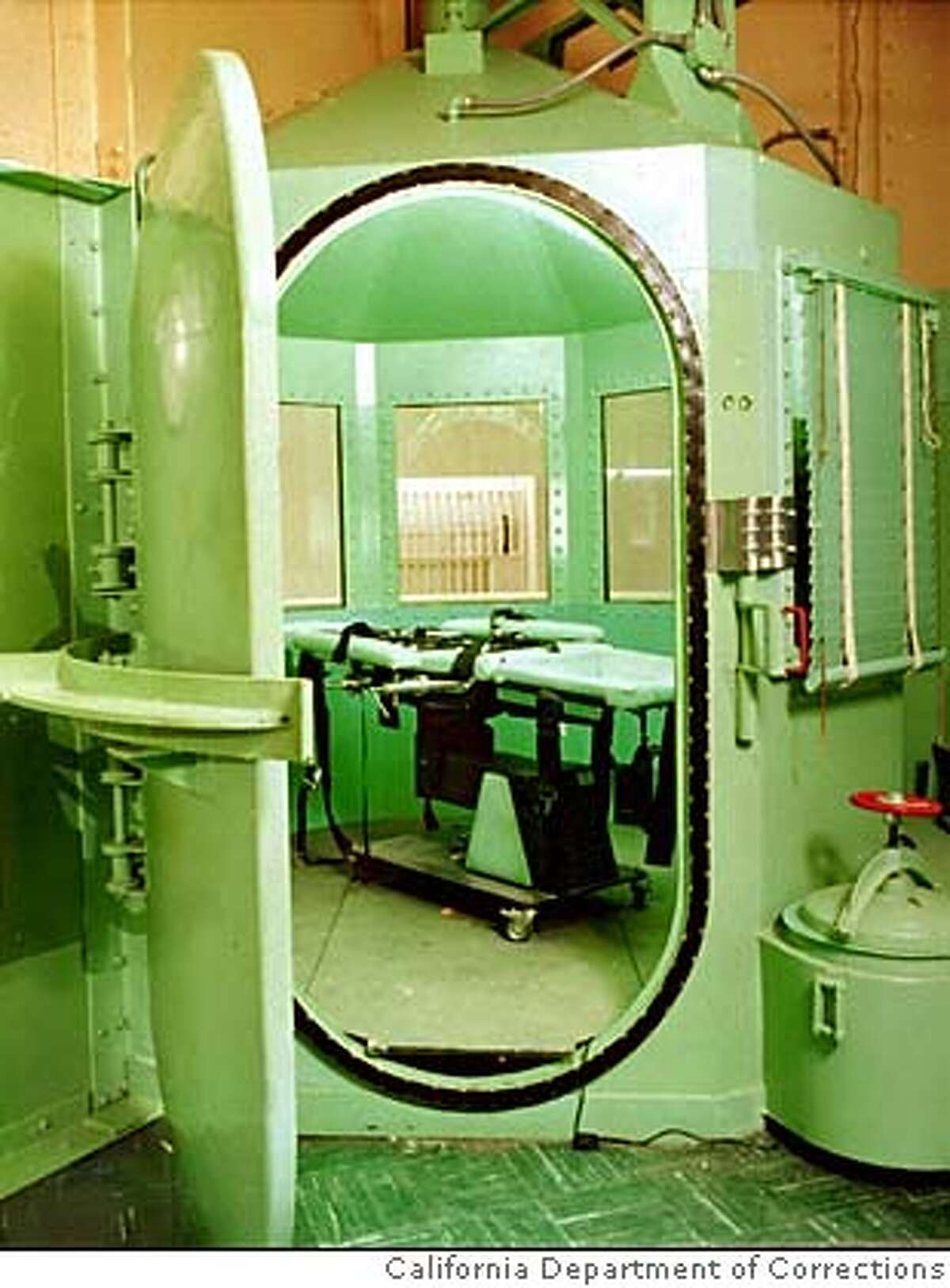 This is a California Department of Corrections photograph, taken January 1996, showing the entrance to the execution chamber and the lethal injection table at California's San Quentin Prison. On January 26, William Kirkpatrick Jr. will be taken to thisroom to be executed for the murder of two Burbank, Calif., fast-food workers.(AP Photo/California Dept. of Corrections) gas chamber ALSO RAN 4/26/02, 09/29/02 CAT