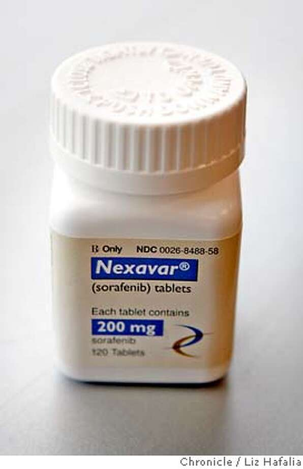 ONYX16_054_LH_.JPG The drug called Nexavar is already approved for kidney cancer, and is being tested for more common cancers, such as lung cancer. Photographed by Liz Hafalia/Emeryville/3/13/07 Ran on: 03-22-2007  Hollings Renton, chief executive officer of Onyx Pharmaceuticals, holds a model of a cancer-fighting molecule. �2007, San Francisco Chronicle/ Liz Hafalia  MANDATORY CREDIT FOR PHOTOG AND SAN FRANCISCO CHRONICLE. NO SALES- MAGS OUT. Photo: Liz Hafalia
