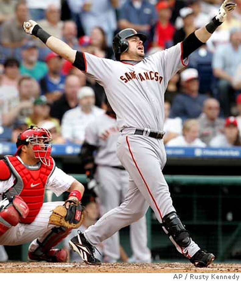 San Francisco Giants' Ryan Klesko hit a three-run home run off Philadelphia Phillies Jon Lieber in the 5th inning of their baseball game Monday, June 4, 2007 in Philadelphia.(AP Photo/Rusty Kennedy) Photo: Rusty Kennedy