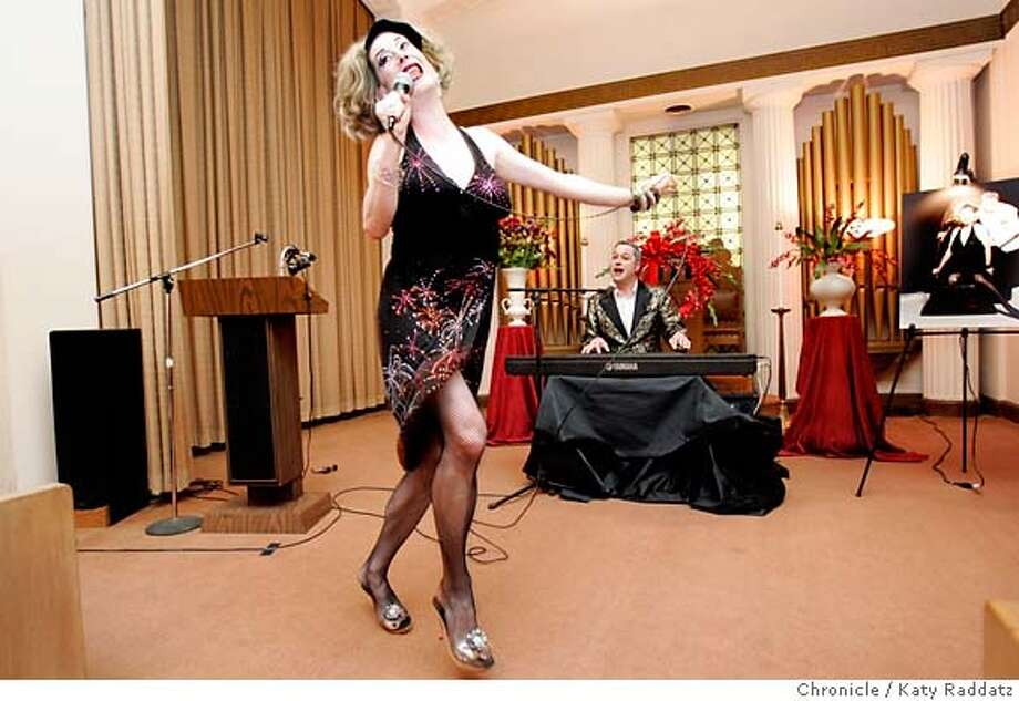 """MODERNLIFE03_035_RAD.jpg SHOWN: Drag performers Kiki and Herb perform at their own fake funeral. Drag performers Kiki and Herb are memorialized in a fake funeral at Halsted N. Gray funeral home. Drag performers Kiki and Herb are famous for their schtick--Kiki is a drunk, bitter """"female"""" cabaret singer and Herb is her accompanist and long-suffering straight man. These pictures were made in San FRancisco, CA. on Wednesday, May 23, 2007. (Katy Raddatz/The Chronicle)  ** Kiki, Herb Mandatory credit for the photographer and the San Francisco Chronicle. No sales; mags out. Photo: Katy Raddatz"""