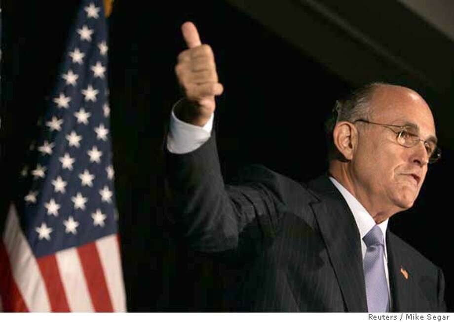 Former New York City Mayor and Republican presidential candidate Rudolph Giuliani speaks after having his candidacy endorsed by former FBI Director Louis Freeh in New York May 31, 2007. REUTERS/Mike Segar (UNITED STATES) 0 Photo: MIKE SEGAR
