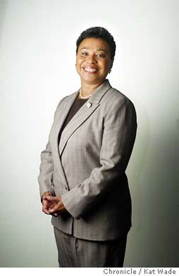 FACETIME23c-C-18FEB03-MG-KW -Congresswoman Barbara Lee poses for a portrait at the Ronald Dellum Federal Building in Oakland where she has her office for the 9th congressional district. SAN FRANCISCO CHRONICLE PHOTO BY KAT WADE ALSO RAN 05/28/03, 7/16/2003 Photo: KAT WADE