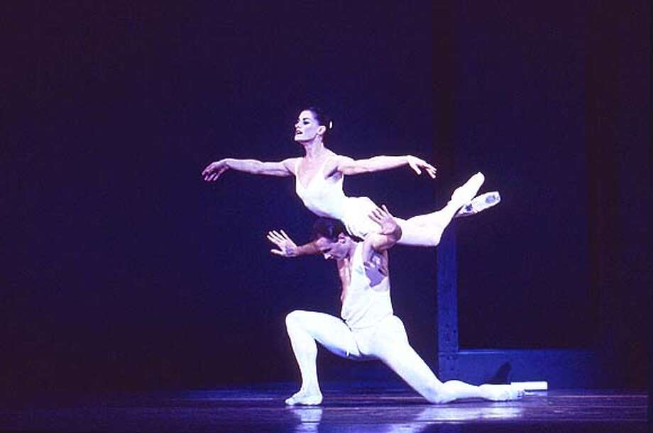 APOLLO3-C-19FEB02-DD-HO--Ballet San Jose Silicon Valley presents George Balanchine's APOLLO Feb. 14-17, 2002 Apollo (Alex Lapshin) with Terpsichore (Alexandra Koltun) Photo Credit: Marty Sohl (HANDOUT PHOTO) Photo: HANDOUT