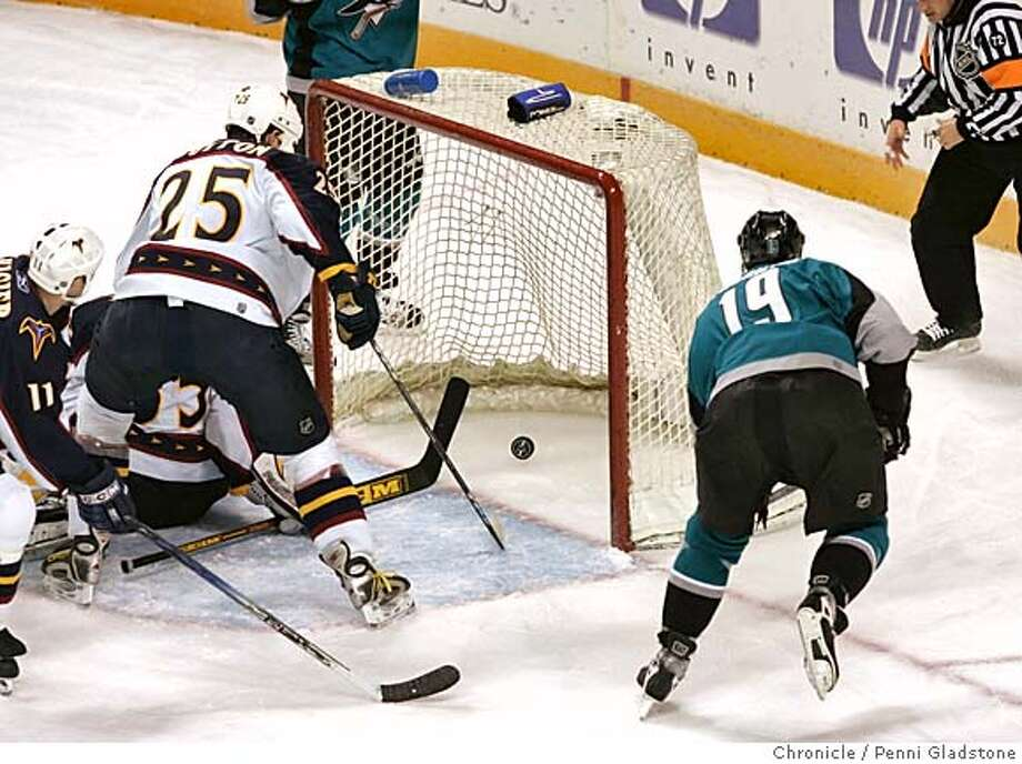 Joe Thornton scores the sharks 3rd goal  San Jose Sharks vs. Atlanta Thrashers  Photo taken by Penni Gladstone/The San Francisco Chronicle  Photo taken on 12/6/05, in San Jose, CA. Photo: Penni Gladstone