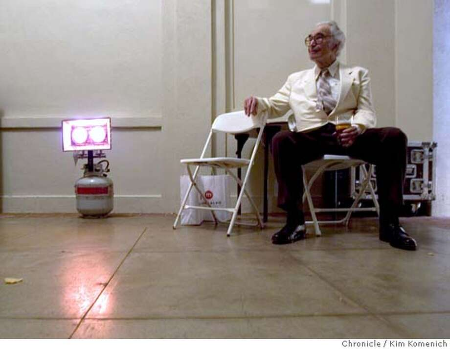 At intermission at Villa Montalvo in 2005,Dave Brubeck rests near a propane heater backstage. Photo: Kim Komenich