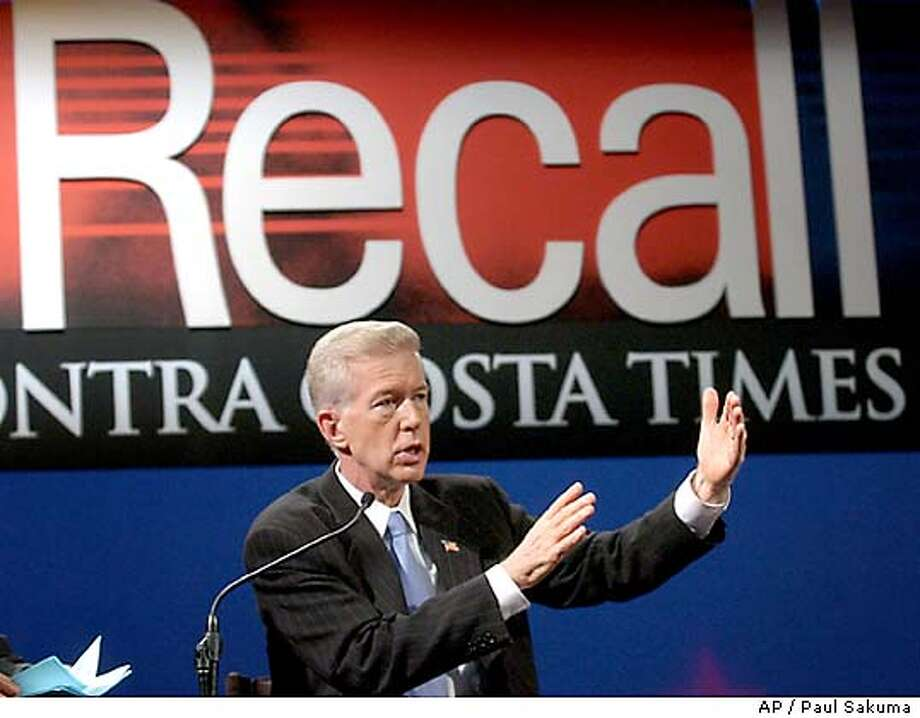 GOV. GRAY DAVIS ANSWERS QUESTIONS DURING CALIFORNIA GUBERNATORIAL DEBATE Photo: POOL