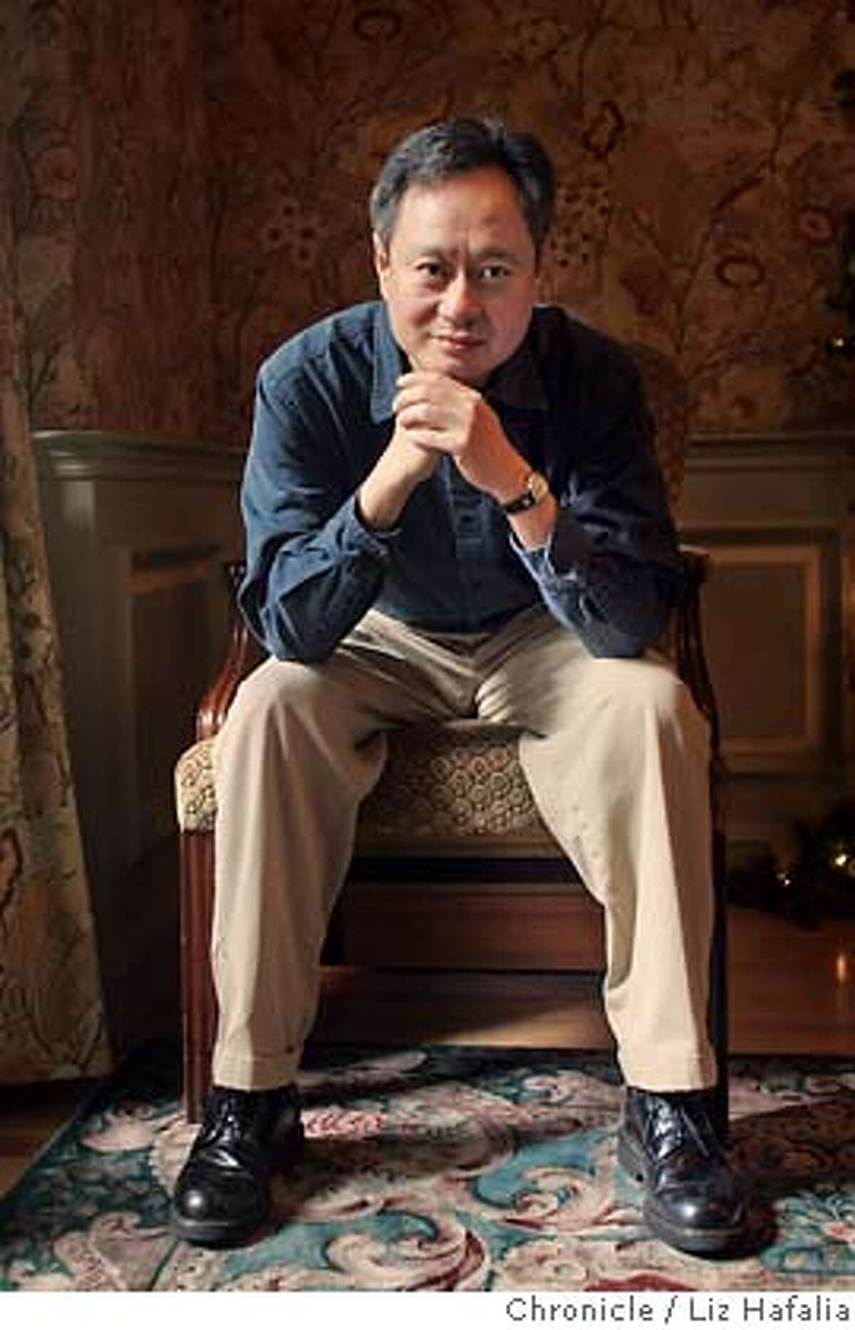 """LEDGER30_003_LH.JPG Director Ang Lee, who is in town for a screening of """"Brokeback Mountain"""". Photographed by Liz Hafalia on 11/28/05 in San Francisco, California. SFC Creditted to the San Francisco Chronicle/Liz Hafalia"""