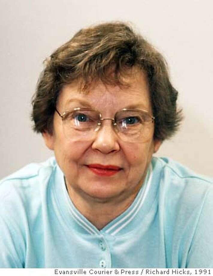 Ruth Miriam Siems, the home economist who created Stove Top Stuffing, is shown in this May 1991 photo. Siems, 74, died at her Newburgh, Ind., home on Nov. 13, 2005. (AP Photo/Evansville Courier & Press, Richard Hicks) Photo: RICHARD HICKS