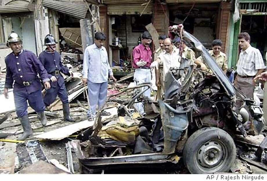 DAMAGED CAR Photo: RAJESH NIRGUDE