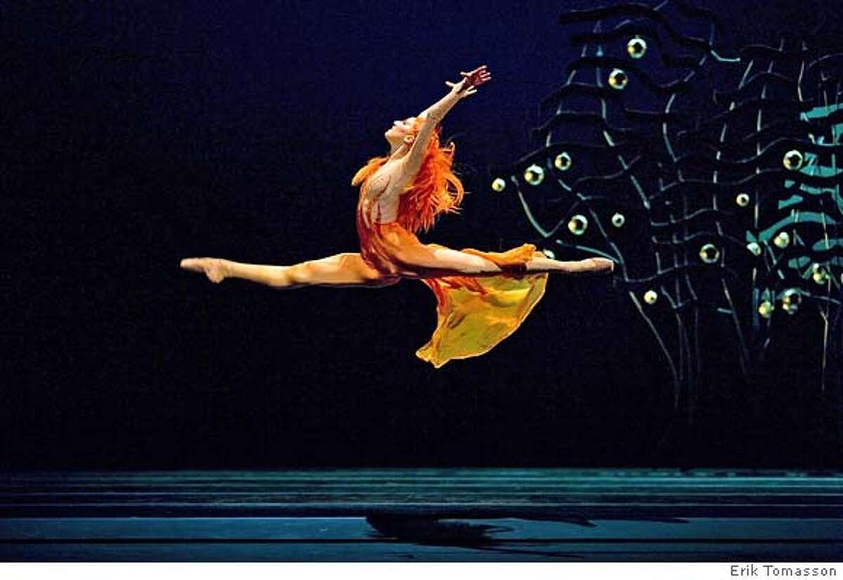 MASTER IMAGE2007 Rehearsal - Program 2Elana Altman in Possokhov's Firebird.(� Erik Tomasson)