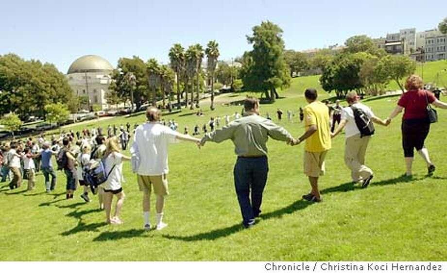08/11/03 | Color | Advance | 3 cols maybe | d1 | Datebook | lh 7005 | FLASH11_3 Photo: CHRISTINA KOCI HERNANDEZ