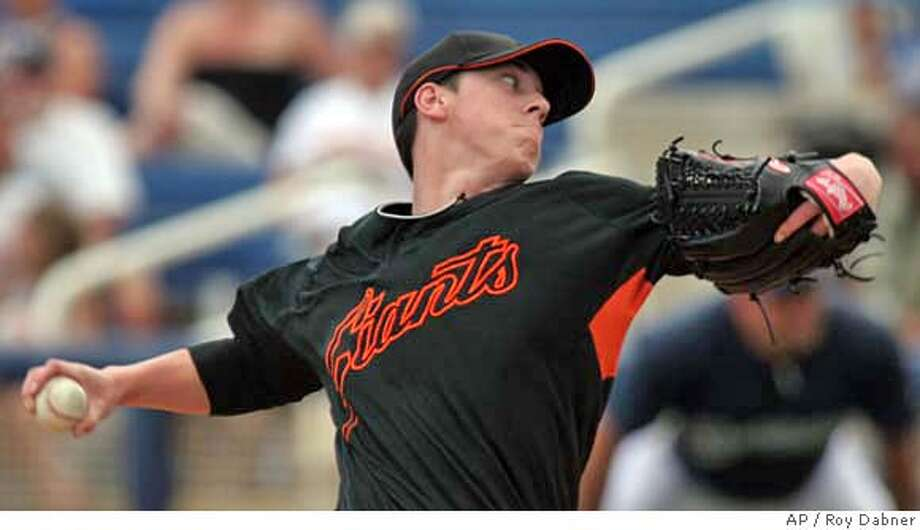 San Francisco Giants Tim Lincecum delivers a pitch during the second inning of their spring training baseball game against the Milwaukee Brewers, Wednesday, March 7, 2007, in Phoenix.(AP Photo/Roy Dabner) Photo: Roy Dabner