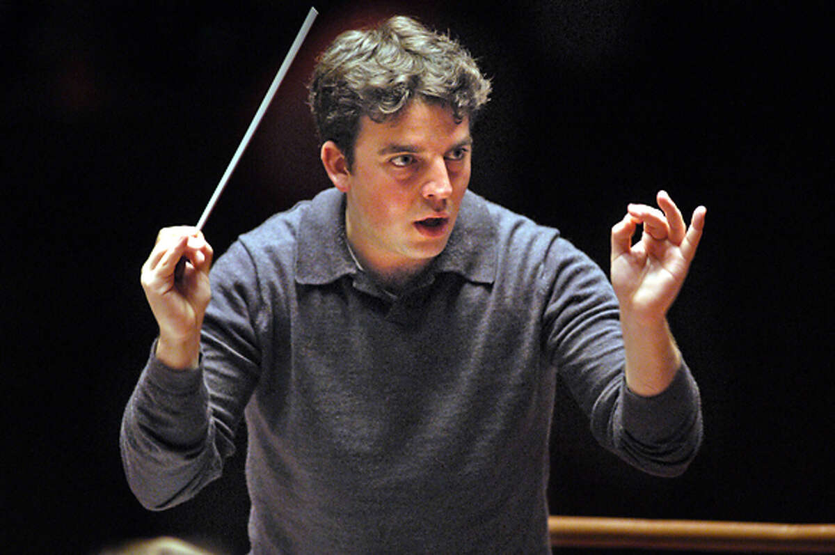 Photo of James Gaffigan, new assistant conductor of SF symhony, for GAFFIGAN02, RUNNING NOVE 2.