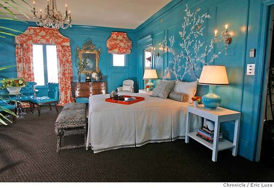 A celebration of design the chronicle 39 s home garden team for Broadway bedroom ideas