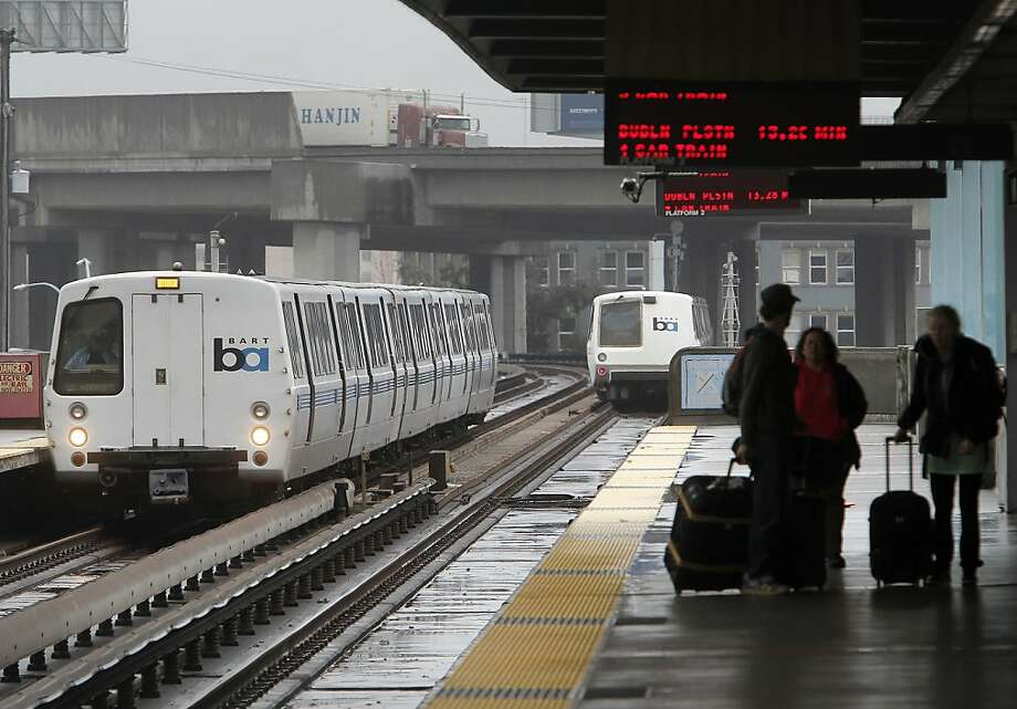 BART is ready to issue stay-away orders to unruly passengers who harass others or deface the railcars or buildings. Photo: Michael Macor, SFC