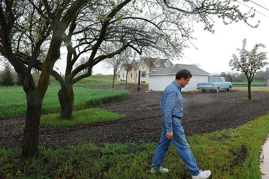 Peter Stone at his 8941 River Road home along the Delta near Freeport on Friday, March 16, 2012.  His home is located on one the possible location of what would be the first in as many as five intakes (essentially pipes sucking water out of the Sacramento River) that would feed into an underground pipeline connecting to the start of the California Aqueduct near Tracy. Photo: Anne Chadwick Williams, Special To The Chronicle