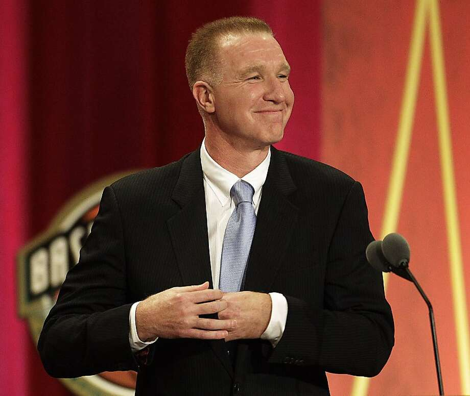 Former NBA player Chris Mullin delivers an address at his Basketball Hall of Fame enshrinement ceremony in Springfield, Mass., on Friday night, Aug. 12, 2011. Photo: Stephan Savoia, AP