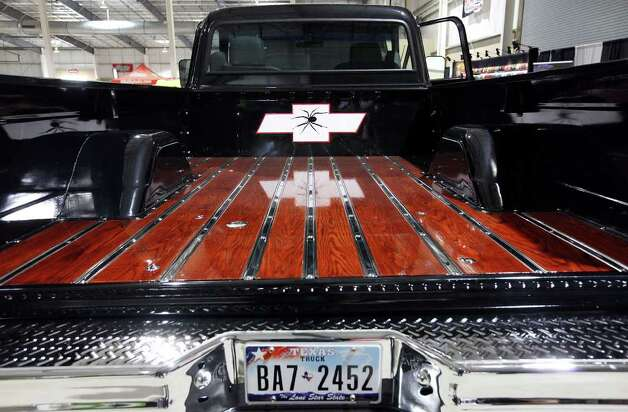 Detail of Wayne Voigt's 1971 Chevy at San Antonio AutoRama & South Texas Motorcycle Show Sunday March 18, 2012 at the Freeman Coliseum. Photo: EDWARD A. ORNELAS, SAN ANTONIO EXPRESS-NEWS / © SAN ANTONIO EXPRESS-NEWS (NFS)