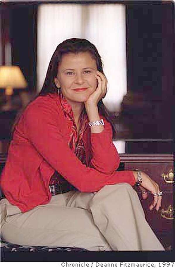 ULLMAN/C/02MAY97/DD/DF - Comedian Tracey Ullman stops in San Francisco during the film festival. CHRONICLE PHOTO BY DEANNE FITZMAURICE CAT Photo: DEANNE FITZMAURICE