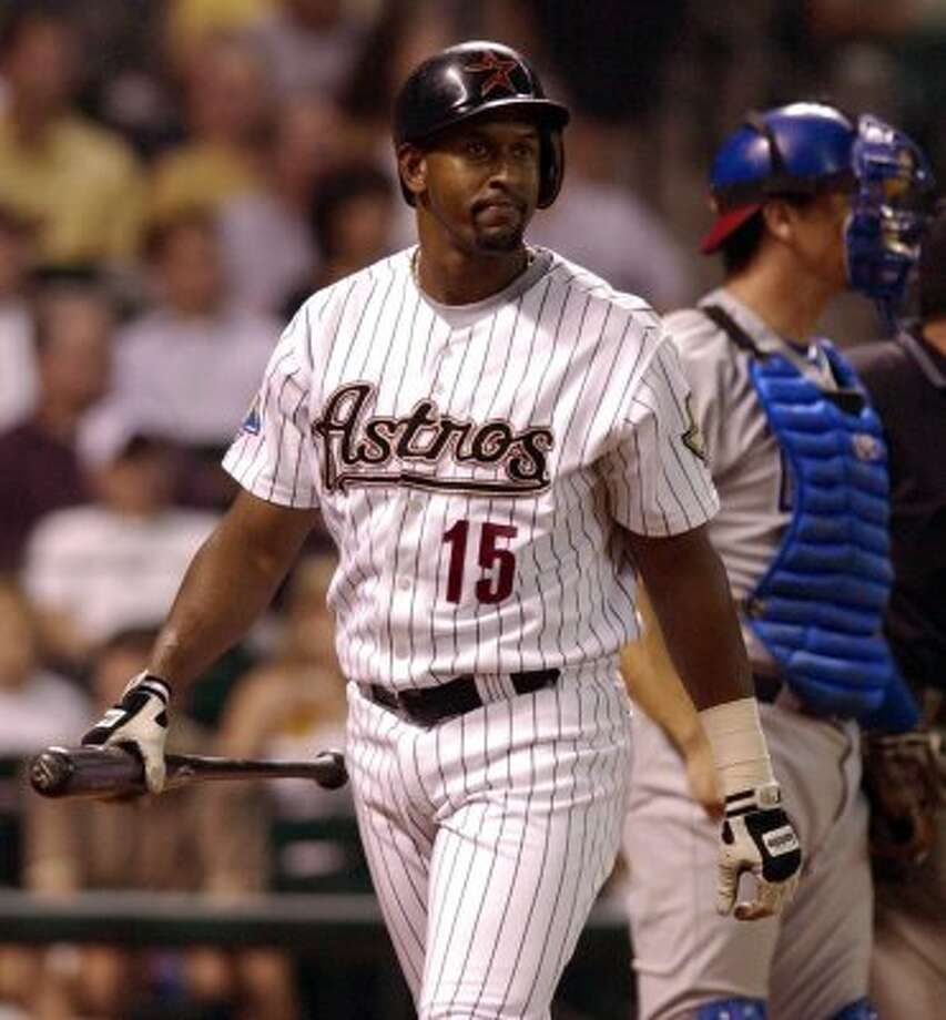 28. Richard Hidalgo, OF (1997-2004).278/.356/.501 batting line with 134 HRs, 465 RBIs, 442 Rs, 44 SBs and 17.4 Wins Above Replacement in 813 games. Had mammoth seasons in 2000 (44 HRs) and 2003 (.309/.385/.527) but was finished as major-league player at 30. (Christobal Perez  / Houston Chronicle)