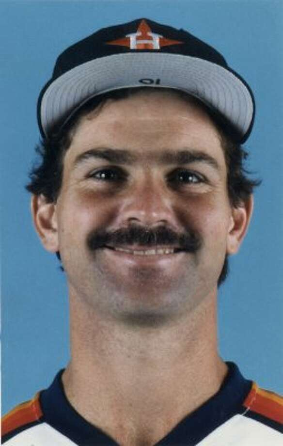 25. Dickie Thon, SS (1981-1987).270/.329/.396 batting line with 33 HRs, 172 RBIs, 226 Rs, 94 SBs and 14.4 Wins Above Replacement in 566 games. Was coming off a seventh-place MVP finish in 1983 (at age 25) when he got beaned by Mets' Mike Torrez early the next season and was never the same. (Houston Chronicle)