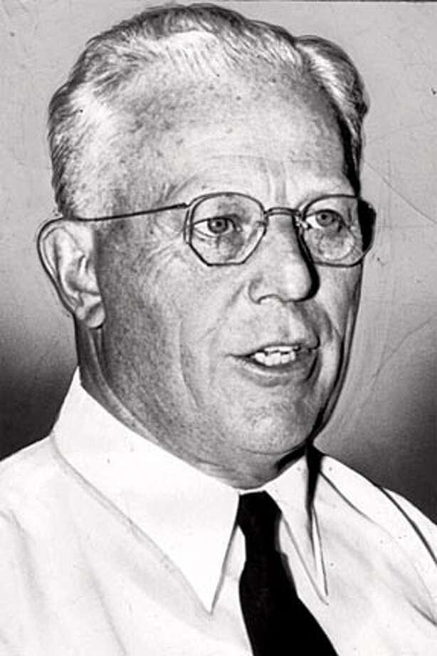 WBPAST09-C-05NOV-SF-HO California Governor Earl Warren in 1952 Photo: HANDOUT