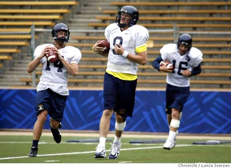 CALFOOTBALL08_19347.JPG  Cal football spring practice allowed starters such as quarterbacks, #14 Cory Smith, #9 Nate Longshore and #16 Bryan Van Meter to loosens up and toss a few balls to his receiving core.  (APRIL 6) LONGSHORE (cq, ROSTER) Photo By Lance Iversen / The Chronicle  Photo taken on 4/6/07, in BERKELEY, CA. MANDATORY CREDIT PHOTOG AND SAN FRANCISCO CHRONICLE/NO SALES MAGS OUT Photo: By Lance Iversen