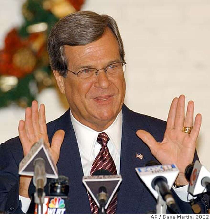 ALLU.S. Sen. Trent Lott, R-Miss., talks with reporters during a news conference in Pascagoula, Miss., on Friday, Dec. 13, 2002. Lott once again apologized for remarks he made during a birthday celebration for retiring U.S. Sen. Strom Thurmond. (AP Photo/Dave Martin) 1/1/03 Ran on: 04-03-2005  Sen. Trent Lott, R-Miss., has pledged to oppose any military base closure plans, particularly in Mississippi. CAT Photo: DAVE MARTIN