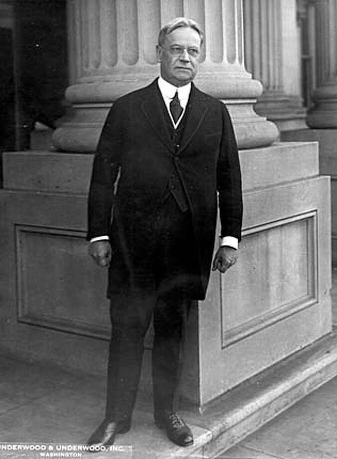 Hiram Johnson won 30 percent of votes in the 1920 GOP primaries.