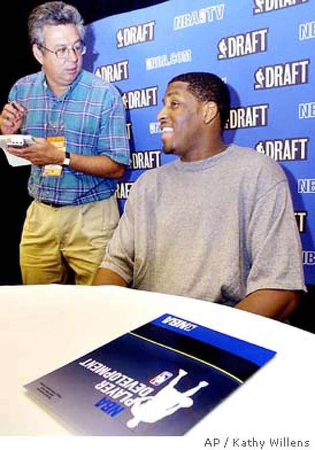 NBA DRAFT_06/26/03_B/W Paginated_3star_Sports_c1_full_kjm5135 Photo: KATHY WILLENS