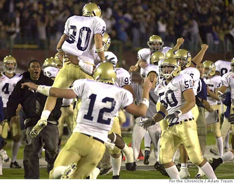 UC Davis WR Blase Smith celebrates after catching the winning TD versus Stanford at Stanford.  Photo by Adam Traum/The Chronicle Photo taken on 9/18/05, in San Francisco Photo: Adam Traum