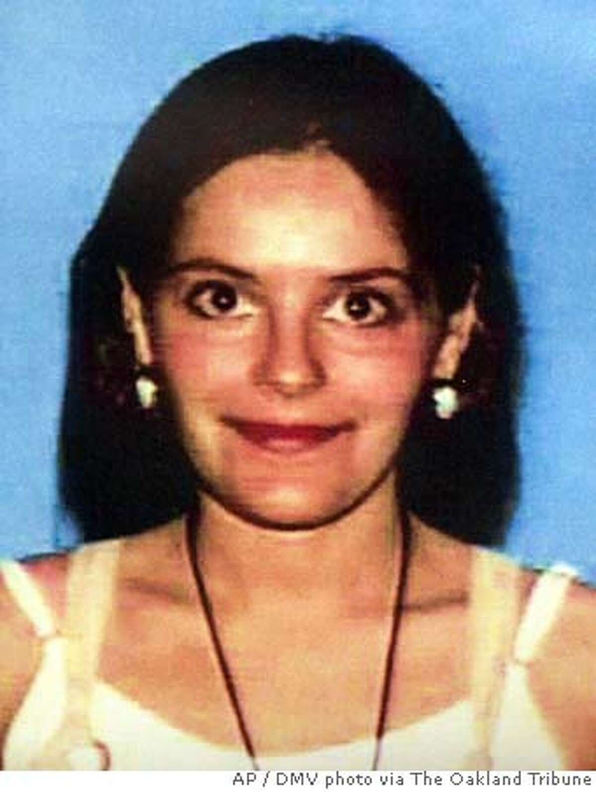 In this 1999 California DMV photo, Nina Reiser, who has been missing since Sept. 3, 2006, is shown On Tuesday, Oct. 10, 2006, Oakland, Calif., Deputy Chief Howard Jordan said they have charged her husband, Hans Reiser, on suspicion of murder. (AP Photo/DMV photo via The Oakland Tribune, ) Ran on: 10-13-2006 Hans Reiser Ran on: 10-13-2006 Hans Reiser Ran on: 10-13-2006 Hans Reiser Ran on: 11-29-2006 Hans Reiser (left) shakes hands with attorneys Daniel Horowitz, who quit the case, and William Du Bois (obscured) at his arraignment on a murder charge in Alameda County Superior Court. Ran on: 11-29-2006 Hans Reiser (left) shakes hands with attorneys Daniel Horowitz, who quit the case, and William Du Bois (obscured) at his arraign- ment on a murder charge in Alameda County Superior Court. Ran on: 11-29-2006 ALSO Ran on: 12-14-2006 Nina Reiser Ran on: 12-21-2006 Hans Reiser (left) shakes hands with attorneys Daniel Horowitz (front right) and William Du Bois in an Oakland courtroom. ALSO Ran on: 01-03-2007 ALSO Ran on: 01-19-2007 LOCALS PLEASE CREDIT/MAGS OUT
