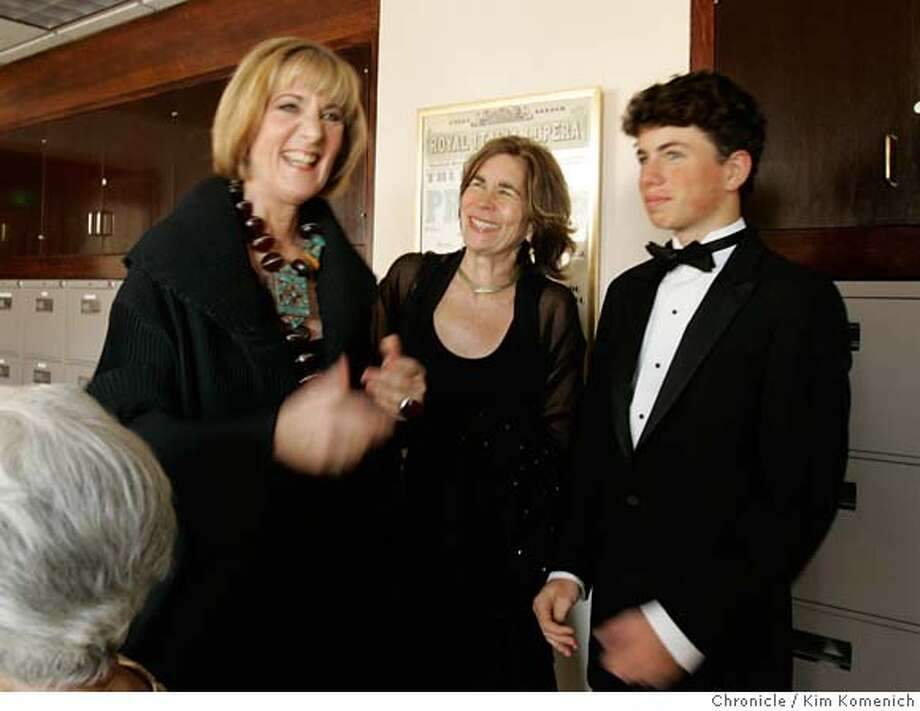 In her office, outgoing SF Opera General Director Pamela Rosenberg (L) talks with Diana Rosenthal of Oakland, and her son Jonathan.  San Francisco Chronicle Photo by Kim Komenich  9/10/05 Photo: Kim Komenich