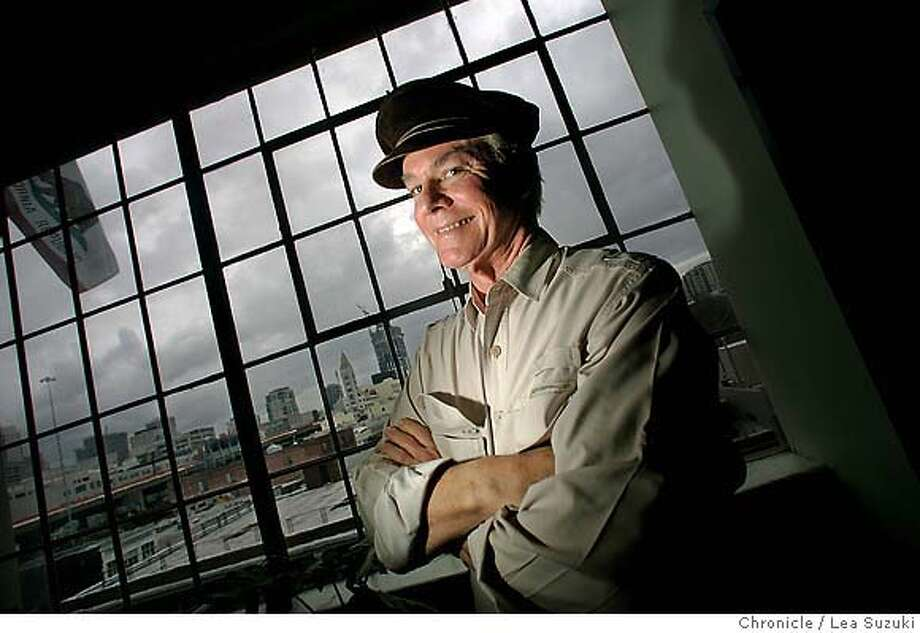 �vollmag_117_suzuki.JPG Magazine profile on Peter Voll, Senior Vice President, from HIgh County Passage. Photo taken on 2/12/07, in San Francisco, CA. Photo by Lea Suzuki/ The San Francisco Chronicle MANDATORY CREDIT FOR PHOTOG AND SF CHRONICLE/NO SALES-MAGS OUT. Photo: Lea Suzuki