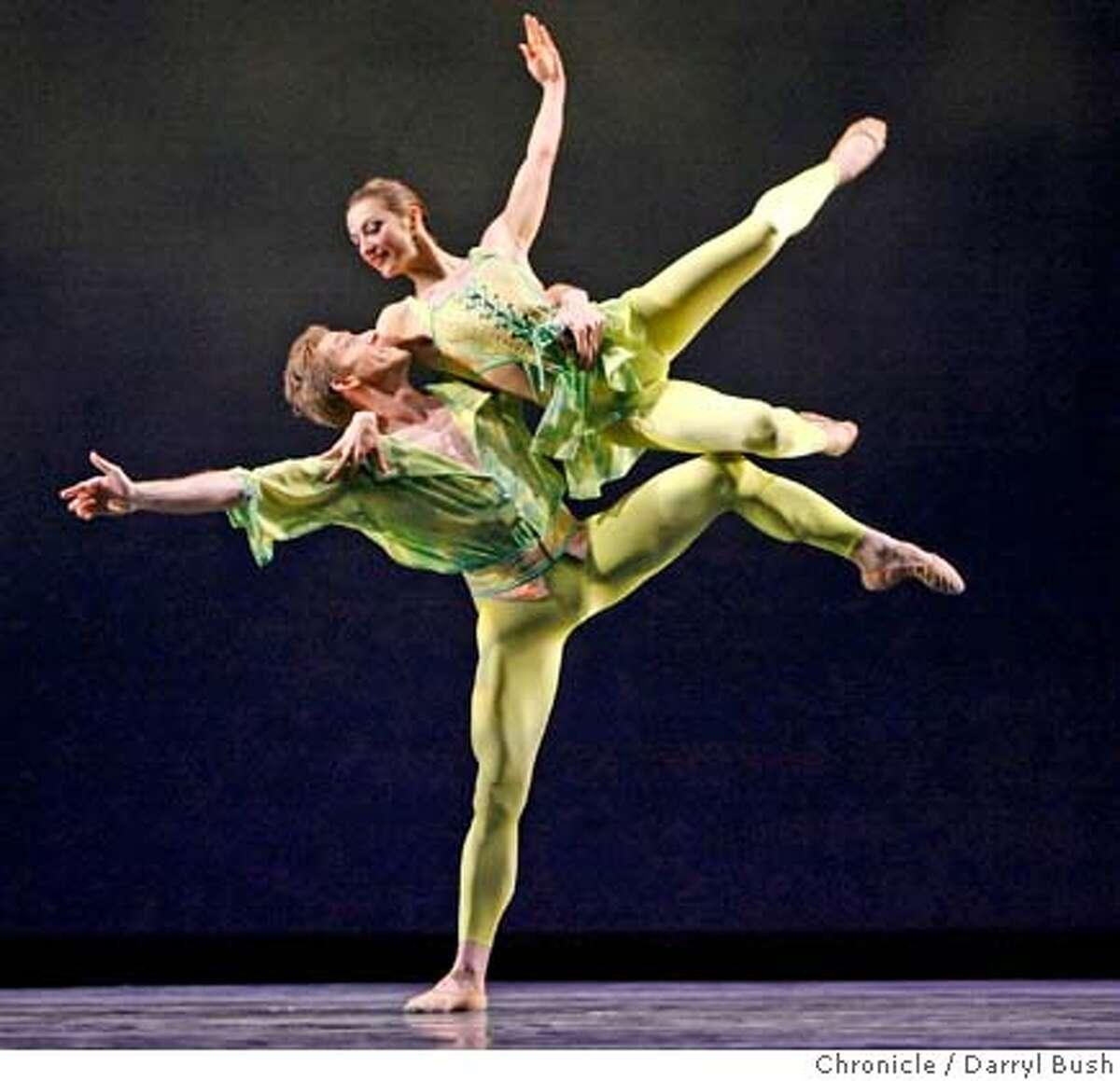 sfballet_0006_db.JPG Steven Norman and Pauli Magierek dance in