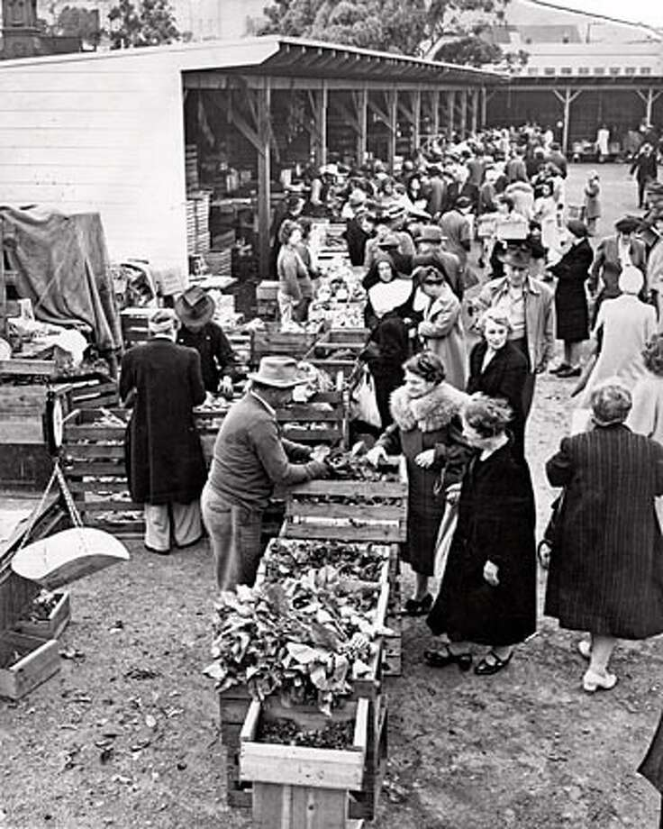 San Francisco Farmers Market June 13, 1945.